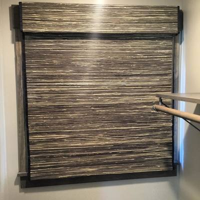 gray and black window shade